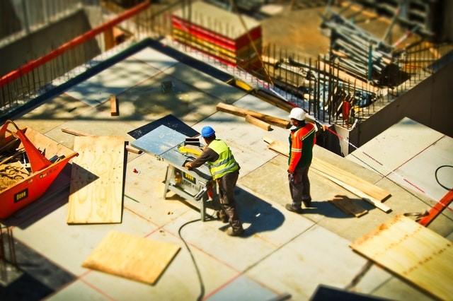 Funcionários de uma construtora