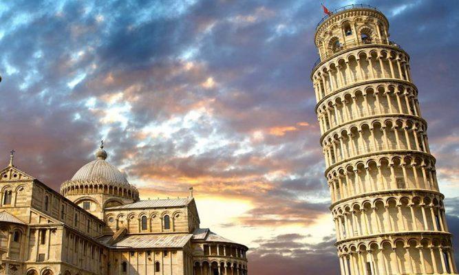 Desaprumo na Torre de Pisa