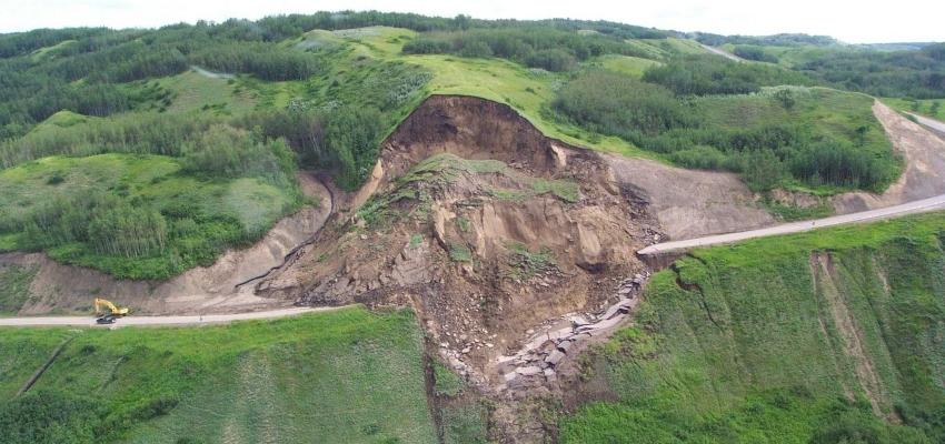 Taludes e deslizamentos de terra